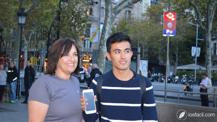 iPhone-6s_launching_Apple-Store_Passeig-de-Gracia_Barcelona_2_Ari-Motomiya