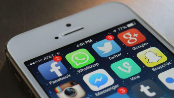 Whatsapp_iphone_home-screen_iOS_iPhone-5s