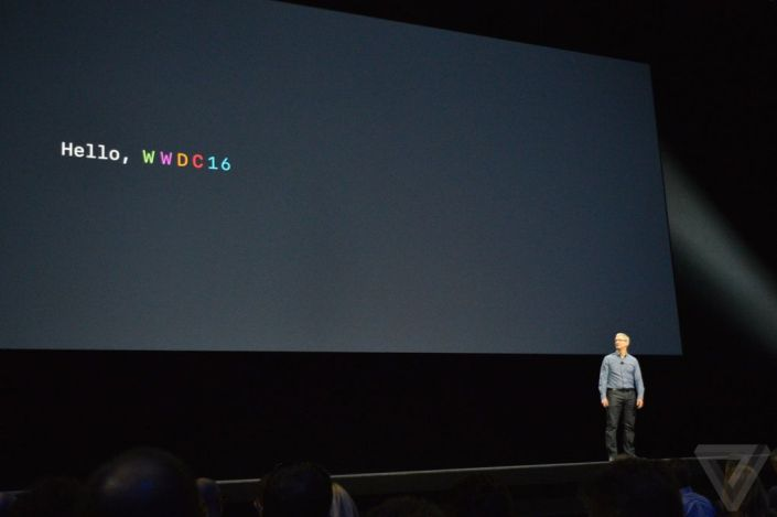 Apple_wwdc16_Tim-Cook_
