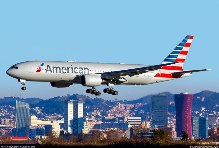 american-airlines_boeing_777-200
