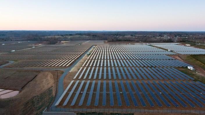 apple_energia-solar_planta_