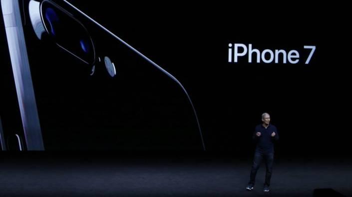 apple_keynote-2016-sep_iphone-7_