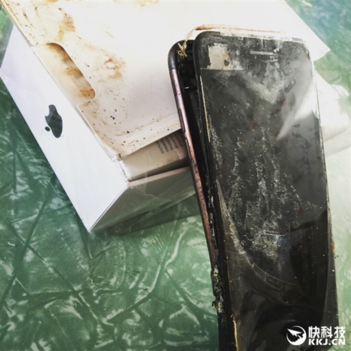 apple_iphone-7_explosion_