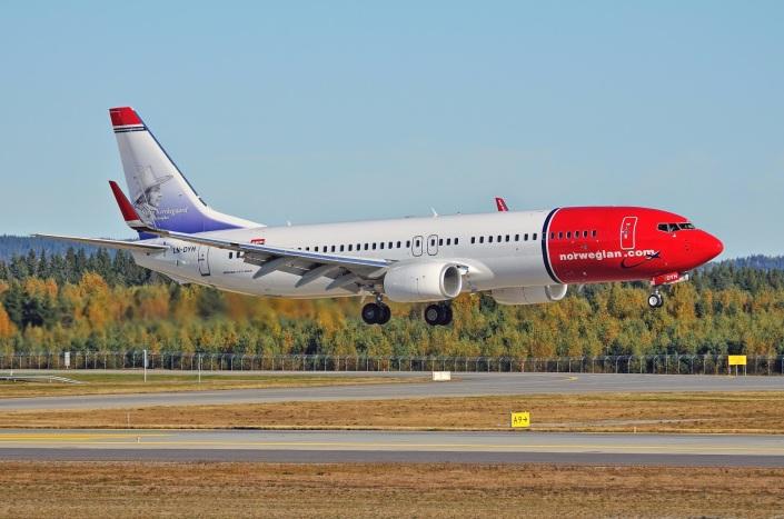 norwegian_boeing-737_madrid_barajas_