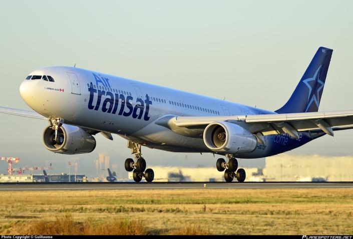air-transat_airbus_a330-300_