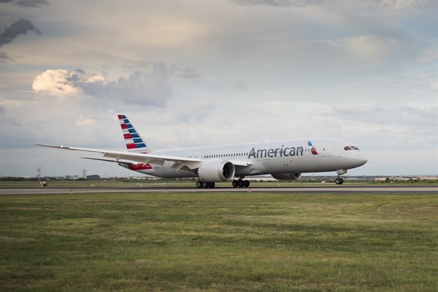american-airlines_boeing_787_
