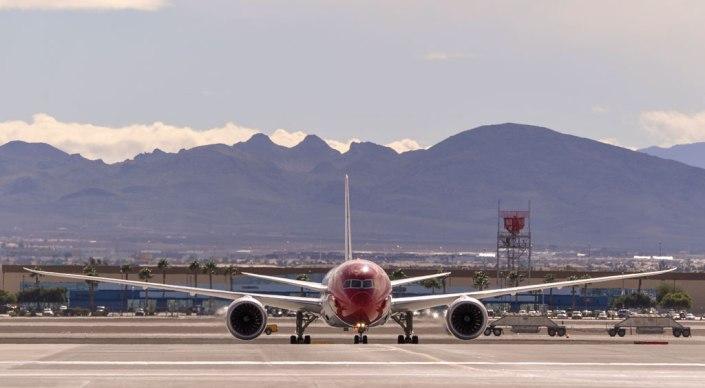 Boeing 787-8 de Norwegian Air Shuttle en el Aeropuerto Internacional McCarran (Las Vegas).