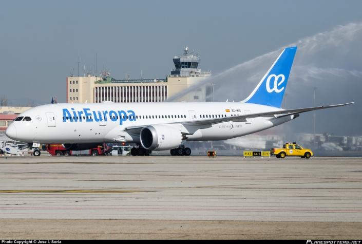 air-europa_boeing_787-8_