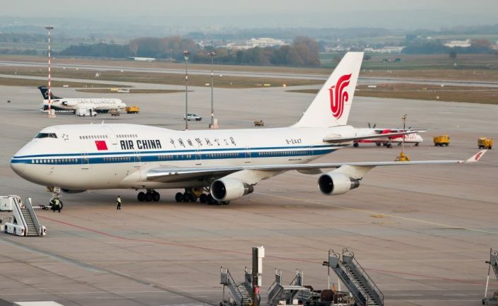 air-china_boeing_747-400_