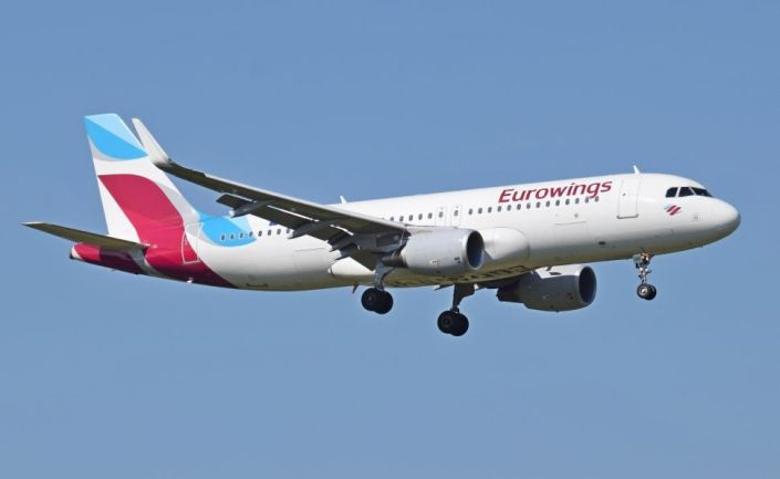 eurowings_airbus_a320-200_d-aizs_